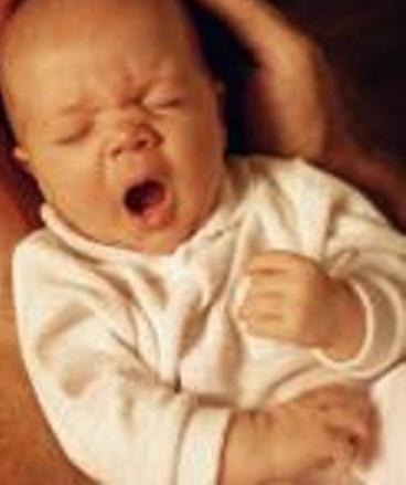 Новоржденный часто чихает